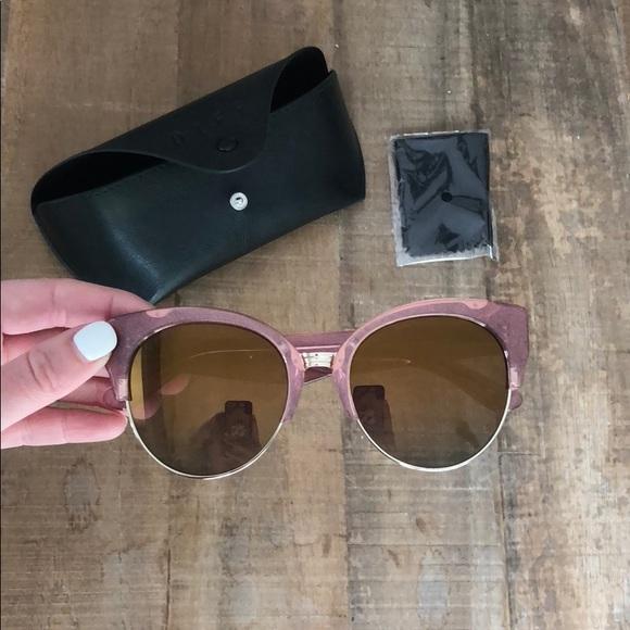 8e670e5c206 DIFF Stella cat eye sunglasses pink NEW